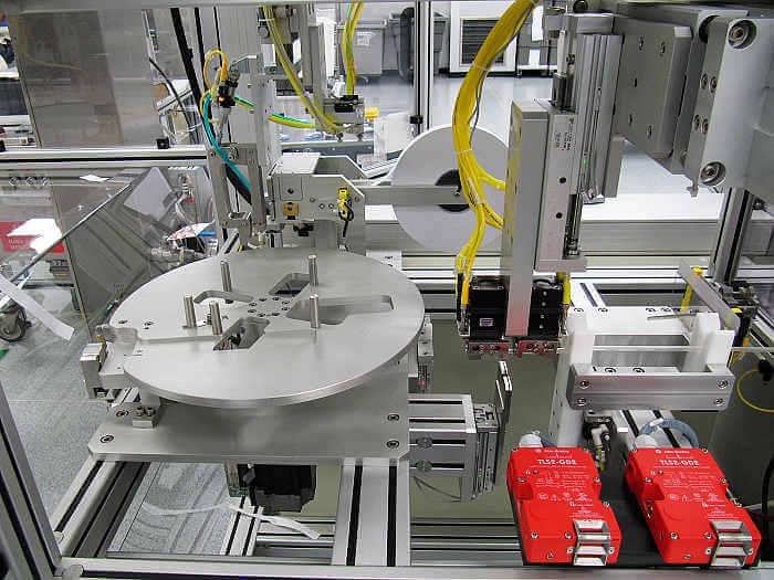 电子装配机xie零部件bi博国际